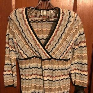 Beautiful chevron patterned long sleeved sweater